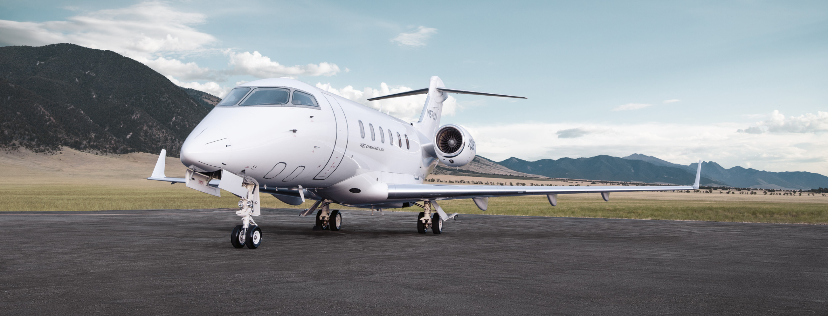 bombardier-challenger-300-business-jet
