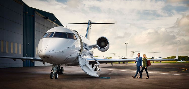 business-jet-flying-private