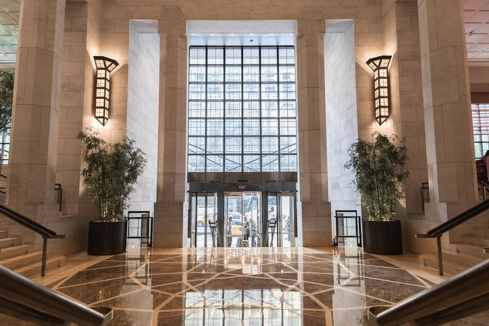 four seasons new york hotel lobby